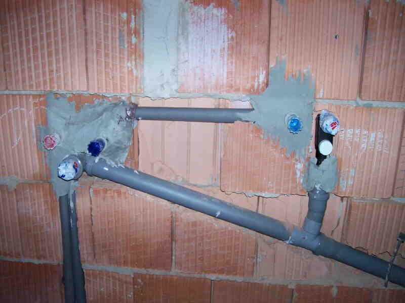 Instalace vody a odpadu